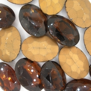Cab55 - 25x18mm oval cabochon in Brown (Vintage)