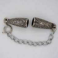 M01082 - Clasp for 7mm cord with extender chain in Old Silver