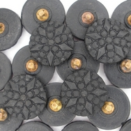 B5 - 18mm Glass button in Black (vintage)