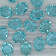 Cab136 - 10x8mm oval cabochon in Blue Turquoise (Vintage)