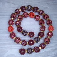 Red mix of beads for the necklace Selected Berries Harvest
