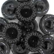 B26 - 18mm Glass button in Black (vintage)