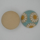 CLB-008-A-M Daisies on Blue Cabochon