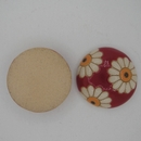 CLB-008-B-M Daisies on Red Cabochon